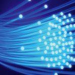 ¿Cuáles son las ventajas de poner la fibra óptica frente al cable de cobre?